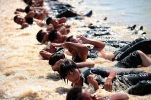 Hard Training of Female Bodyguards in China (11 photos) 4