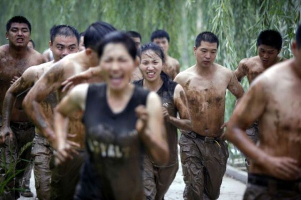 what_female_bodyguards_endure_as_training_in_china_640_12