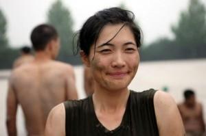 Hard Training of Female Bodyguards in China (11 photos) 11
