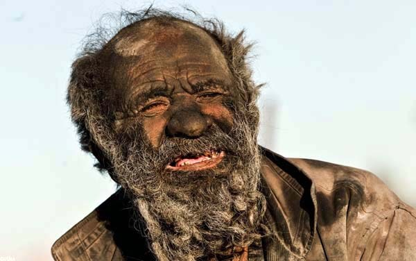 This Man Hasn't Bathed in 60 years (12 photos) 2