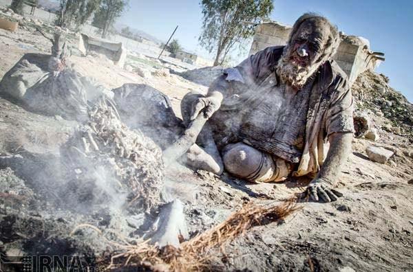 Amoo Hadji 4 This Man Hasnt Bathed in 60 years (12 photos)