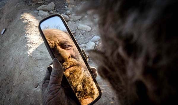 Amoo Hadji 9 This Man Hasnt Bathed in 60 years (12 photos)