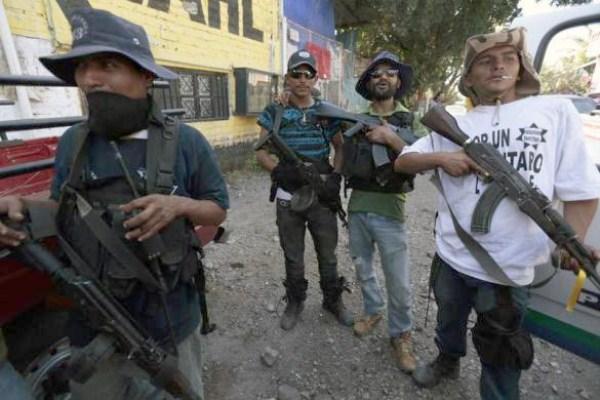 Anti-Cartel-Vigilantes (1)