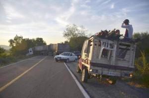 Anti-Cartel Vigilantes in Mexico (20 photos) 13