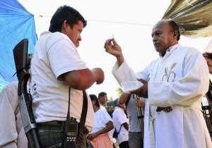 Anti-Cartel Vigilantes in Mexico (20 photos) 17