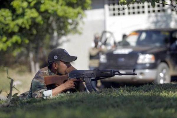 Anti-Cartel-Vigilantes (6)