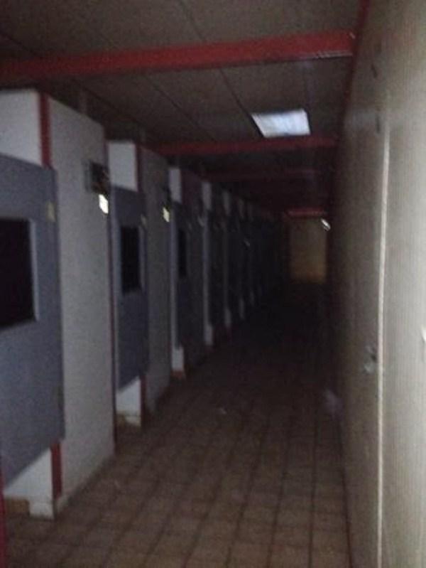 abandoned-porn-cinema (32)