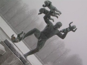 Strange Statues From Around the World (65 photos) 6