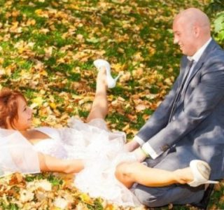 Totally Awkward Wedding Photos from Eastern Europe (38 photos)