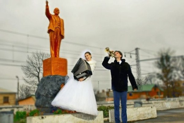 funny-wedding-photos-from-eastern-europe-15