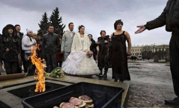 funny-wedding-photos-from-eastern-europe-21