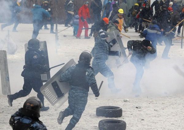 riots-in-kiev (28)