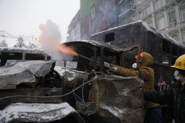 riots-in-kiev (32)