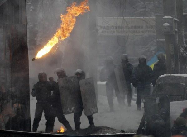 riots-in-kiev (33)