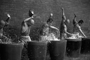 Shaolin Monks Training (18 photos) 8