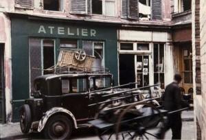 Life In Paris In The 1950's (26 photos) 13