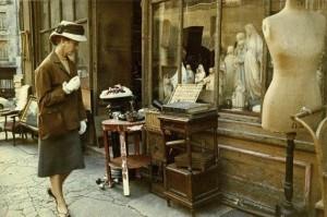 Life In Paris In The 1950's (26 photos) 21