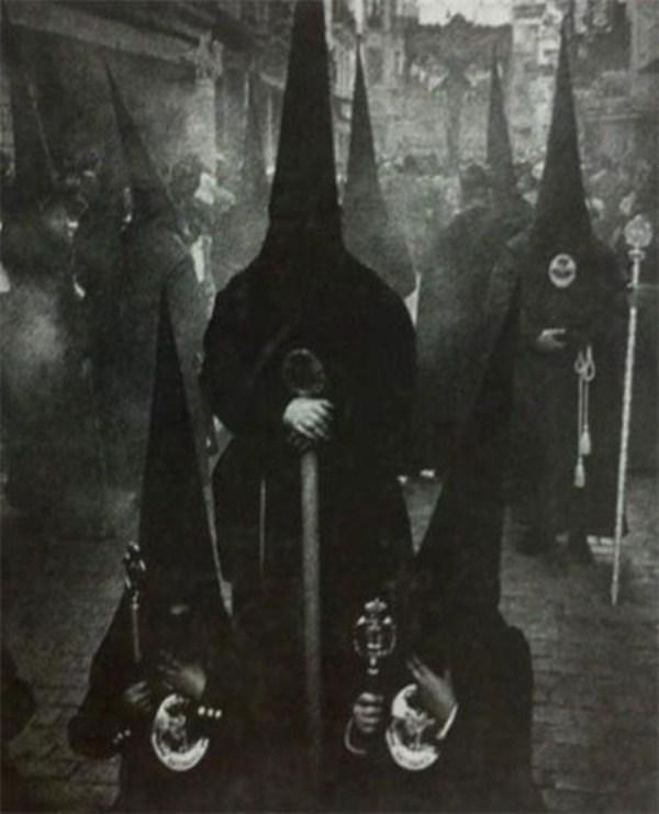 creepy-bizarre-images (10)