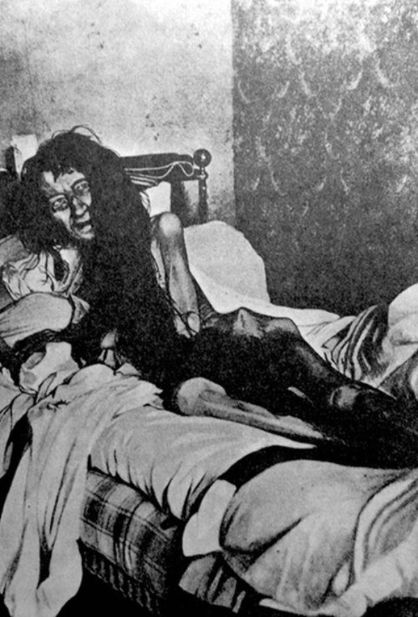creepy-bizarre-images (16)