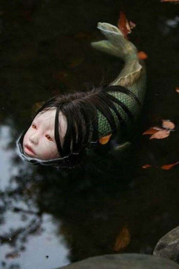 creepy-bizarre-images (21)