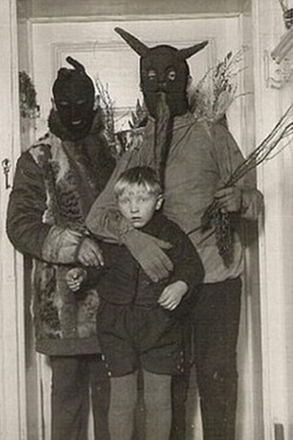 creepy-bizarre-images (22)