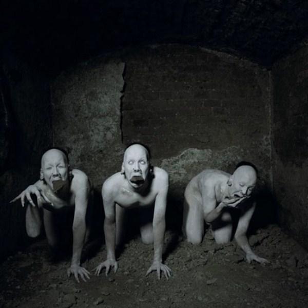 creepy-bizarre-images (28)