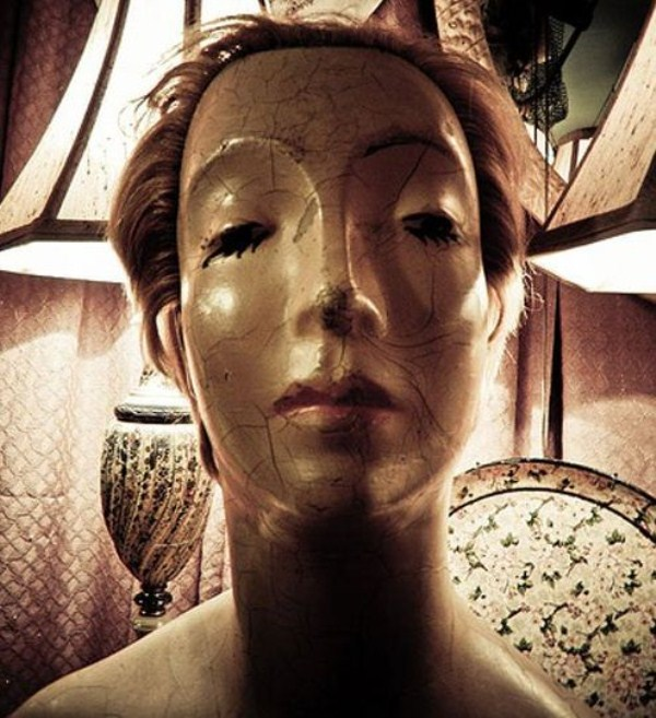 creepy-mannequins (14)