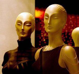 Slightly Disturbing Mannequins (41 photos)