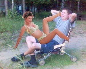 Totally Desperate Guys With Imaginary Photoshopped Girlfriends (34 photos) 17