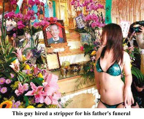 odd-funeral-photos (23)