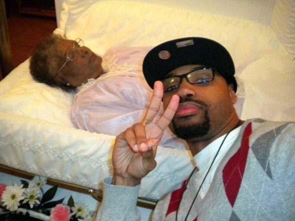 odd-funeral-photos (5)