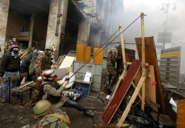 riots-in-kiev (1)