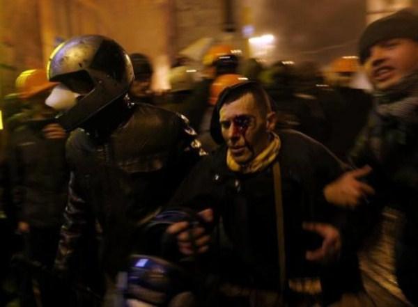riots-in-kiev (16)