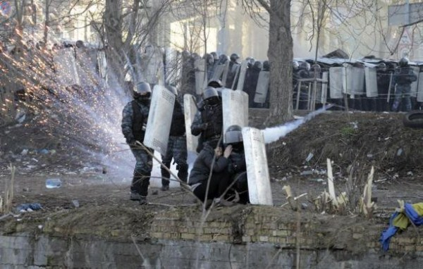 riots-in-kiev (20)