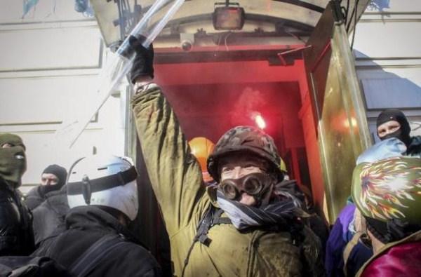 riots-in-kiev (31)
