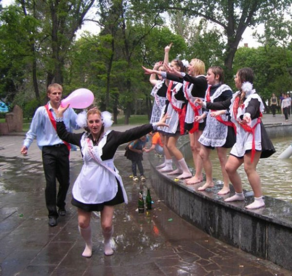 russian-high-school-graduates-21