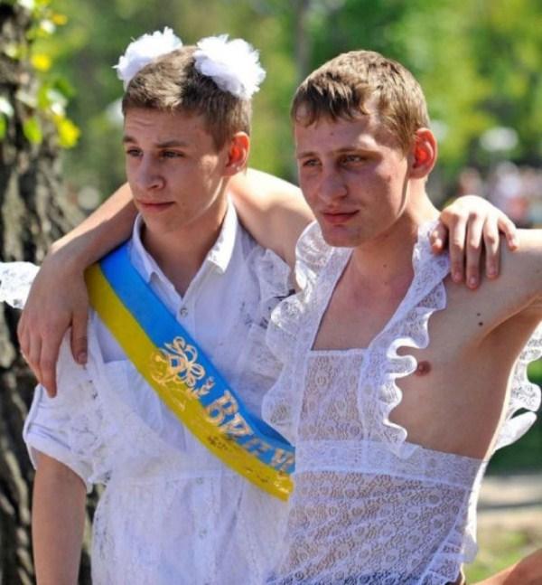 russian-high-school-graduates-25