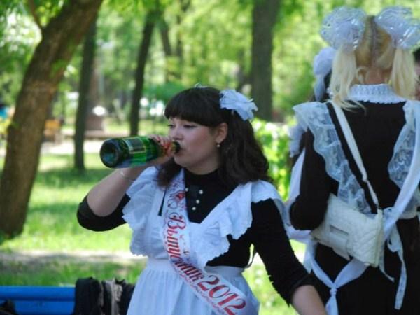 russian-high-school-graduates-28
