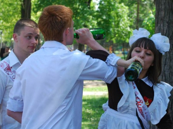 russian-high-school-graduates-29