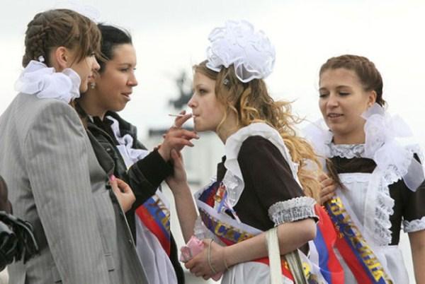 russian-high-school-graduates-32