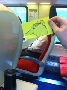 How to Pass Time on the Train (15 photos) 8