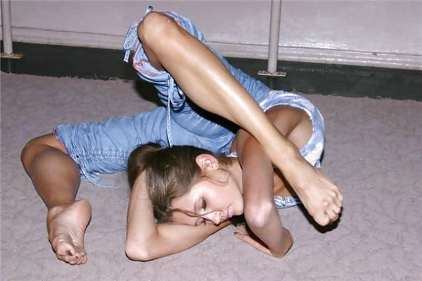 very flexible girls 12