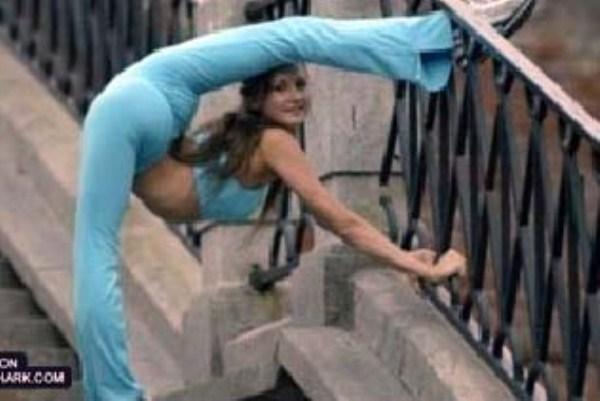 very flexible girls 18 Extremely Flexible Girls (41 photos)