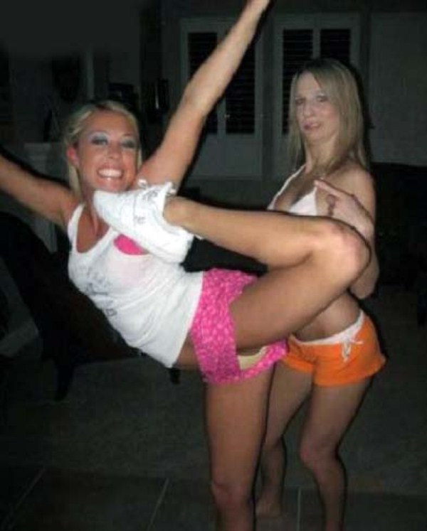 very flexible girls 24 Extremely Flexible Girls (41 photos)