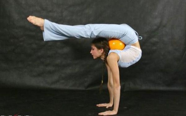 very flexible girls 7 Extremely Flexible Girls (41 photos)