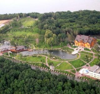 Viktor Yanukovych's Abandoned Residence (40 photos)
