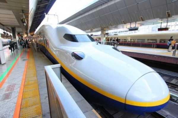 bullet-trains-japan (1)