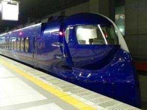 Japan's Superfast Futuristic Trains (31 photos) 27