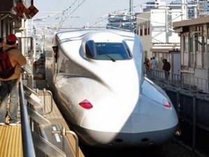 Japan's Superfast Futuristic Trains (31 photos) 28