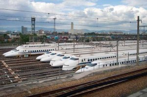 Japan's Superfast Futuristic Trains (31 photos) 31
